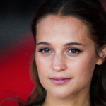 Alicia Vikander si unisce a James McAvoy in Submergence